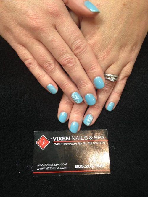 Soft Shellac Snowflake Manicure www.vixenspa.com