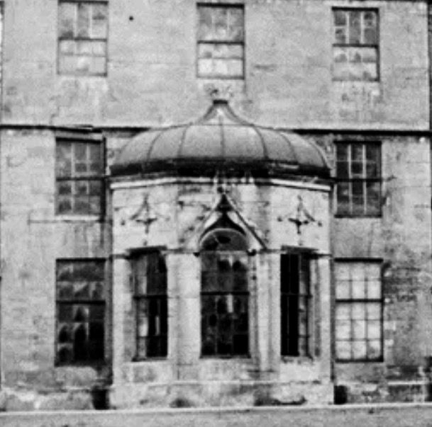 The house crumbles before dedemolition c1950