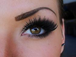 long lashes <3