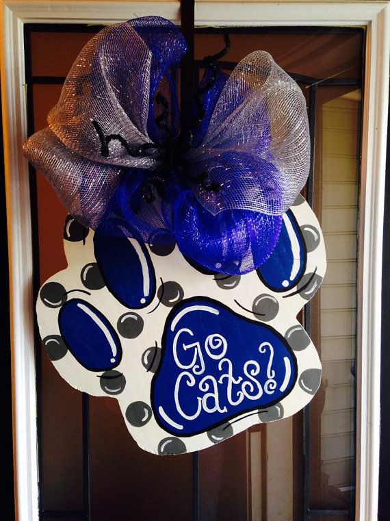 Custom painted door hanger perfect for your front door! You may customize the colors to match your favorite team! I will be happy to set up a