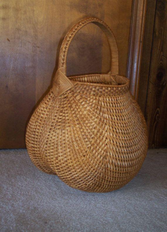 Handmade Basket: Oriole Basket - Baskets by Mona