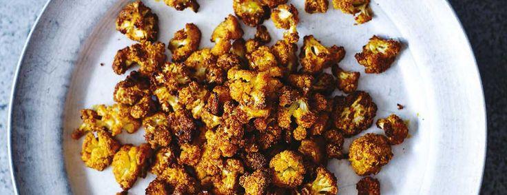 Deze popcorn van bloemkool is een gezond tussendoortje. Het heeft een sterk reinigende werking en helpt bij de ontgifting van je lichaam.
