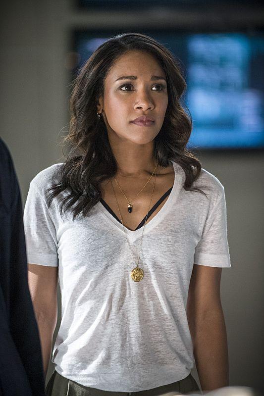 "The Flash - Iris West #2x01 #Season2 Premiere ""The Man Who Saved Central City"" Stills"