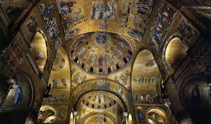 Nef de la basilique Saint-Marc, XIIIe siècle.