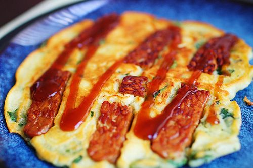 Okonomiyaki, お好み焼き [おこのみやき] is a dish made all over Japan, with many variations to the recipe depending on what part of the country you're in. There are definitely complex ways to make お好み焼き, with lots of hard-to-find Japanese ingredients, but this recipe is a simple one you can make at home while doing immersion. BatterJapanese Pancakes, Vegan Japanese, Vegan Recipe, Recipe Dependent, Vegan Okonomiyaki, Definition Complex, Japanese Ingredients, Eating Vegan, Hard To Finding Japanese