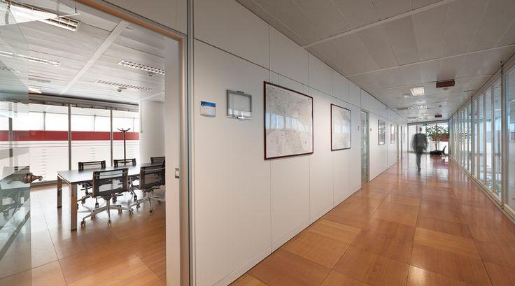 Gli uffici direzionali della sede Snam a Milano