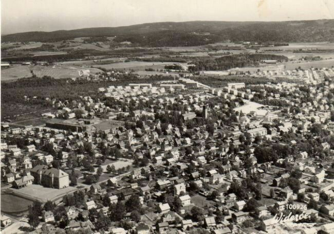Akershus fylke Skedsmo kommune Lillestrøm flyfoto 1960-tallet Utg Widerøe