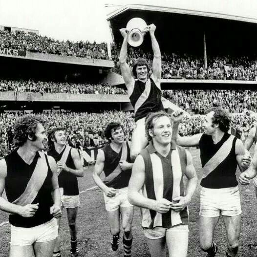 Royce Hart holding the 1974 premiership cup.