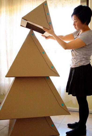 Rbol de navidad con cajas de cart n christmas for Arbol de navidad con cajas de carton