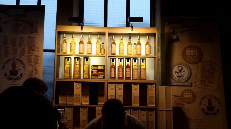 Über die Whisky-Messe am 13./14. März 2015 am Standort Jahrhunderthalle im Westpark, Bochum. Nicht die einzige Konsumentenmesse zu Alkoholika in Bochum.