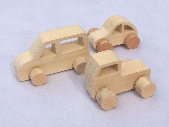幼児のおもちゃを意識して作りました木の温もりが感じられると思います素材はパイン材、スギなどで無塗装にしていますサイズ、重量ワゴン:120×65&t...|ハンドメイド、手作り、手仕事品の通販・販売・購入ならCreema。