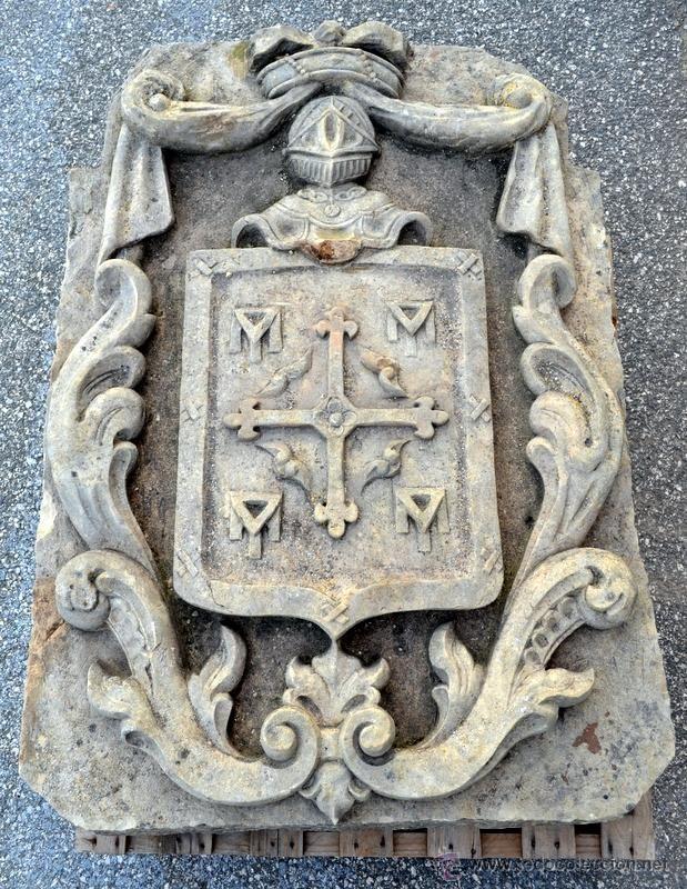 EXTRAORDINARIO ESCUDO NOBILIARIO. S. XVII.