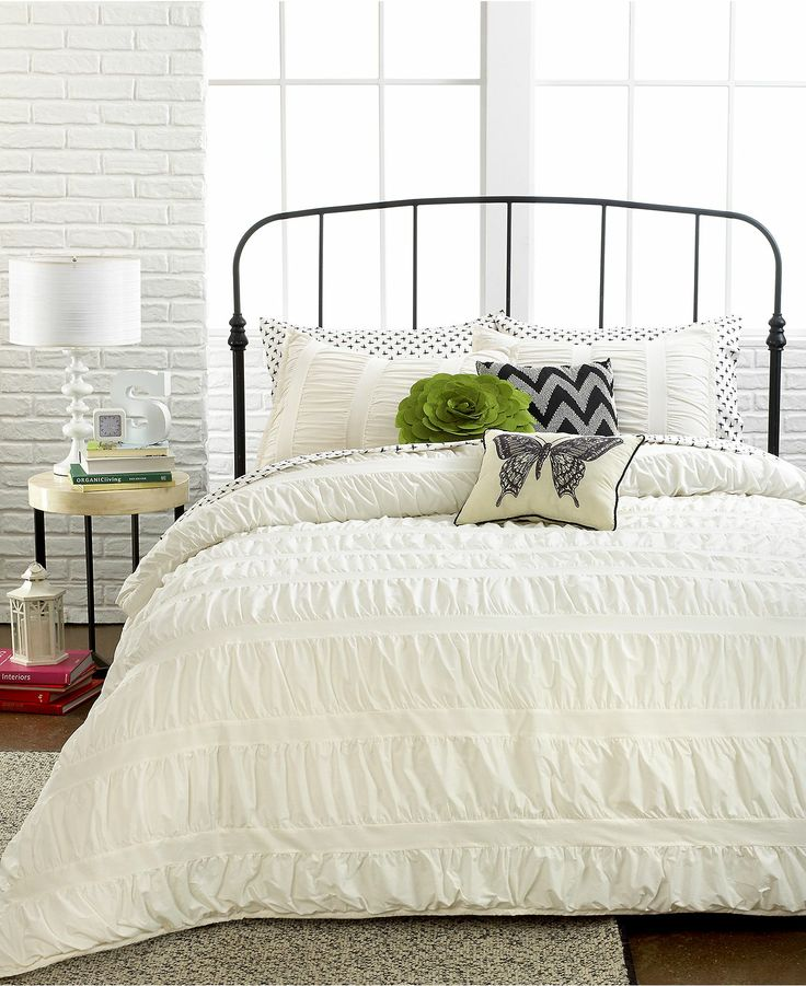 Ruched Stripes Ivory 3 Piece Comforter and Duvet Cover
