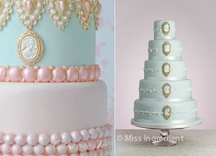 Cameo Cakes by Cakes By Tess (left) and Miss Ingredient (right)
