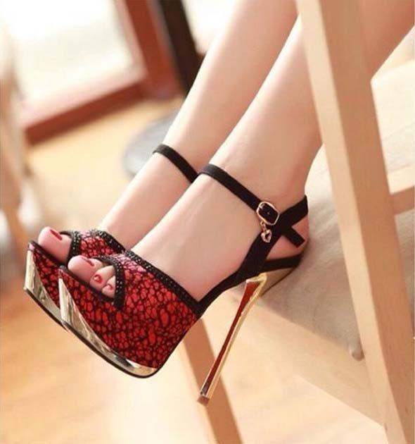 b4fe4e84115 High Heel Strap Fashion Sandals 2019