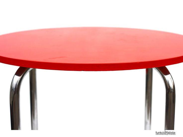 bauhaus table, funkcionalista.cz