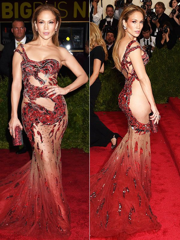 Met Gala 2015: Jennifer Lopez Leaves Her Undergarments at Home http://stylenews.peoplestylewatch.com/2015/05/04/met-gala-2015-jennifer-lopez-sheer-dragon-dress/