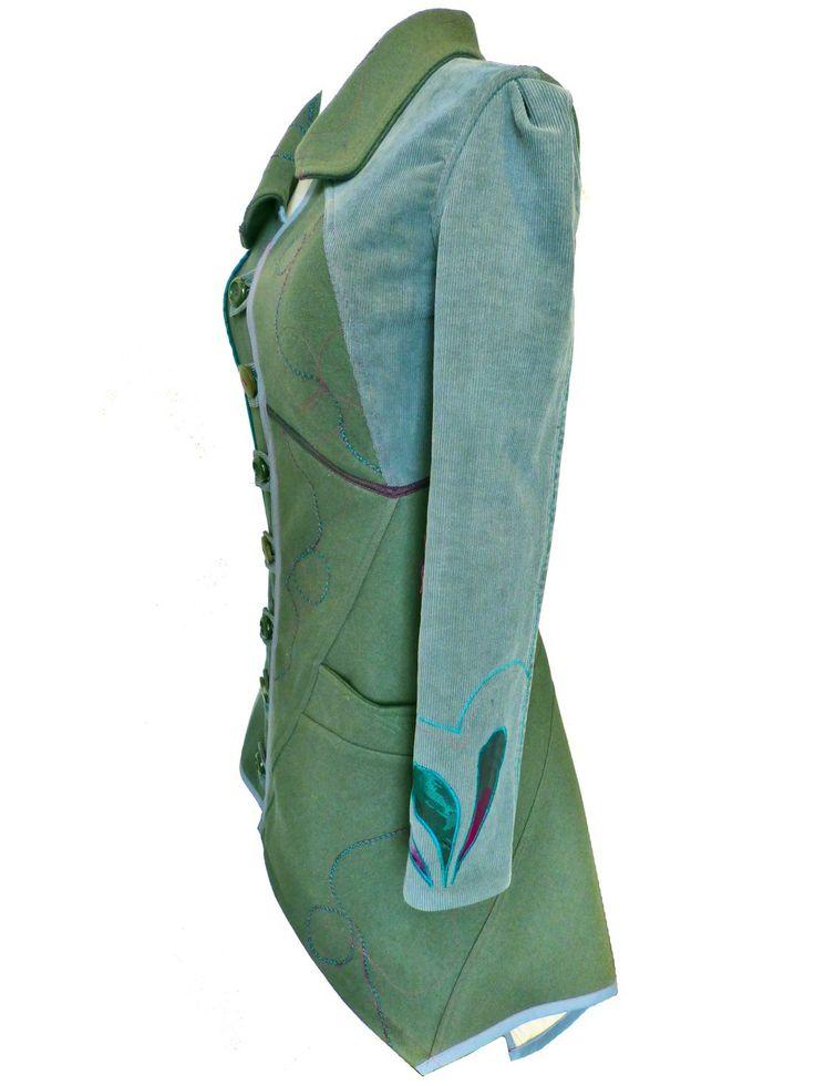 """Manteau """"Olive"""" T34/36 Pièce unique créateur  Manteau original et élégant réalisé à partir d'un pantalon de velours à cotes bleu/gris, d'une veste en lainage kaki et de c - 18898923"""