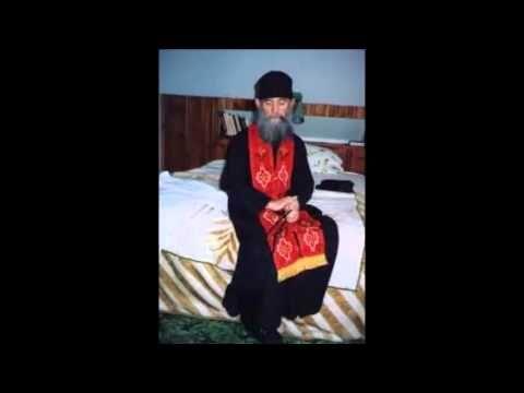 Πόνος και Δάκρυ - Γέροντας Εφραίμ Αριζονα - YouTube