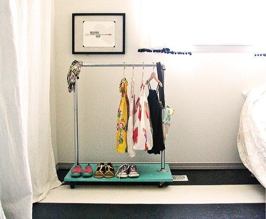 DIY Clothes Rack for the Toddler Fashionista — Armommy | Apartment Therapy