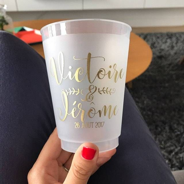 Add That Special Touch To Your Wedding Party Or Event By Designing Your Own Frosted Cups Frosted Frosted Wedding Cups Wedding Cups Spring Party Decorations