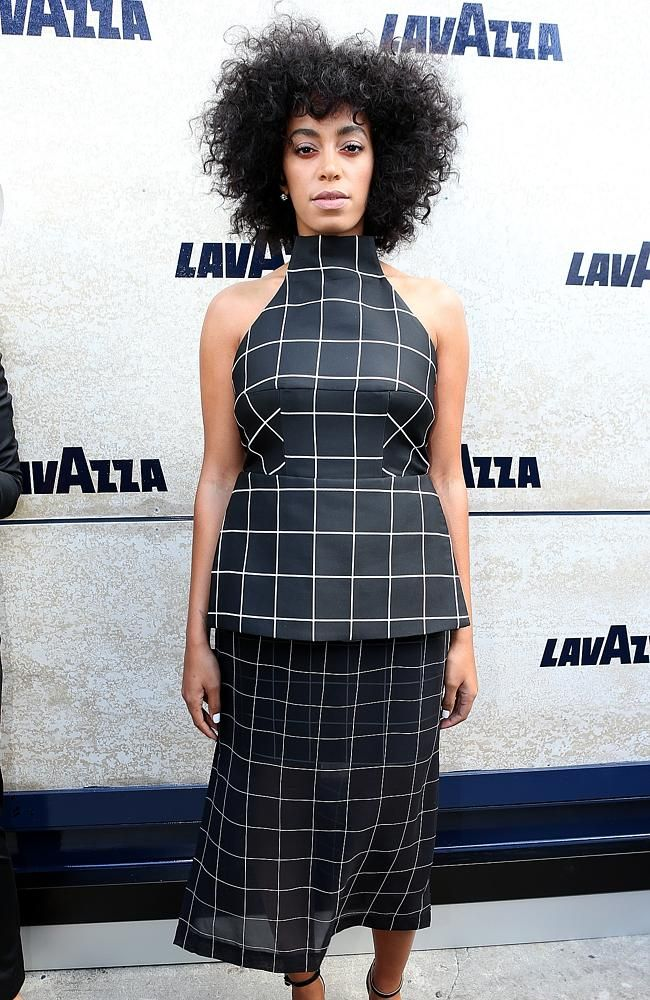 Solange Knowles: Prep hair with Miracle Hair Treatment and Sea Salt Texture Spray, scrunch dry and then tong small sections with a small tong. Allow to cool and brush out gently. Finish with Give Me Hold Flexible Hairspray. #SolangeKnowles #SeaSaltTextureSpray #GiveMeHoldFlexibleHairspray #ELEVENAustralia #DerbyDay