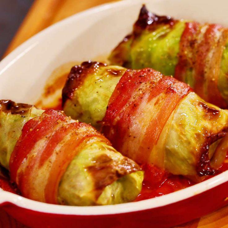 Zelné závitky se slaninou a tomaty