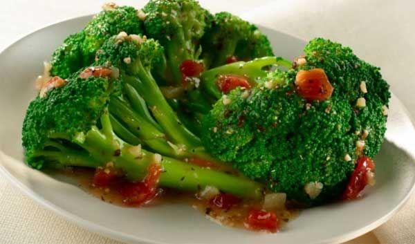 Nutrisi dalam sayuran brokoli baik untuk pertumbuhan bayi, juga untuk kaum lelaki sebagai asupan gizi tinggi protein nabati sebagai penambah stamina. Kandungan gizi dalam brokoli banyak dimanfaatkan untuk program diet rendah kalori yang bagi setiap wanita menginnginkan perut ramping juga memiliki resep tersendiri untuk menikmati manfaat dari brokoli. Brokoli yang mudah dikembangkan sendiri melalui pola …