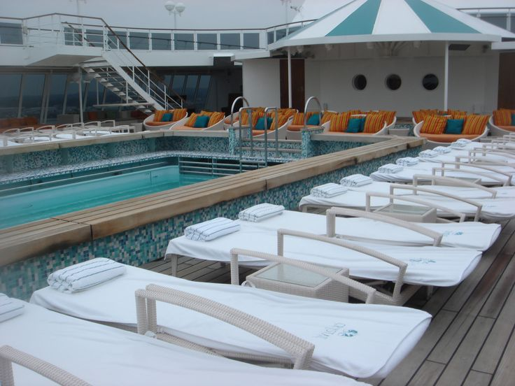 Crystal Cruises - Crystal Serenity, The Pool Deck
