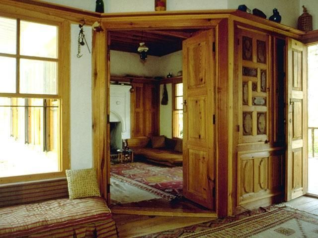 http://www.akyaka.org/pictures/cakirhan/pics_odul_evi/inside.jpg