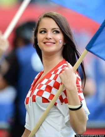 ワールドカップ 美女 - Google 検索