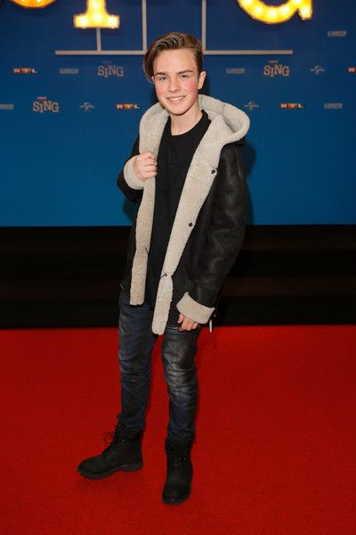 Mike Singer attends the European premiere of 'Sing' at Cinedom on November 27, 2016 in Cologne, Germany.