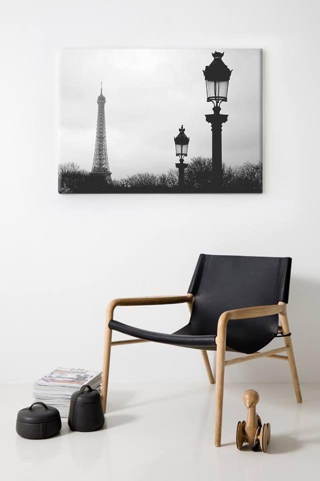 Άσπρο..Μαύρο στο Παρίσι!  Πίνακας σε καμβά: http://www.houseart.gr/select_use.php?id=293&pid=8465  #houseart #paris #canvas #black_white #landscape #decoration
