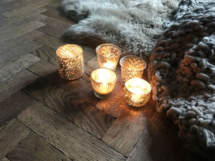 Where did the sun go? Is it time to get the sheepskin rugs, chunky throws and candles back out again?