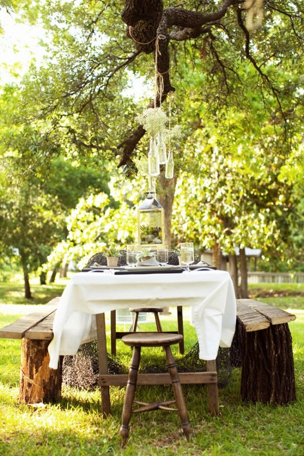 take me there: Tea Party, Tree Stumps, Rehearsal Dinner, Picnic Ideas, Outdoor Living, Lunch Ideas, Stump Benches, Party Ideas