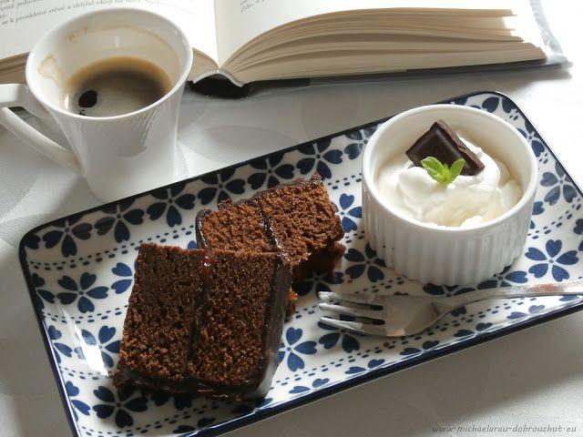 """Každá země či část světa má své slavné tajné recepty. Němci """"kornspitzy"""", my becherovku a vídeňáci zase sachr. Čokoládový dort s meruňkovo..."""