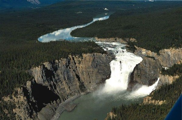 A picture of Viginia Falls located at Nahanni National Park Reserve. (© Hans Pfaff/Northwest Territories Tourism)