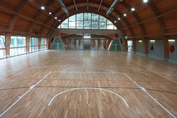 Model Elastic Wood 22 has the basic features of any parquet Dalla Riva and is offered at favorable economic conditions
