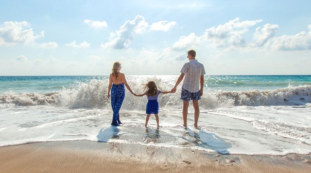 Family Vacations Serve as 'Happiness Anchors' for Kids Until They Grow Up | Life | SmartParenting.com.ph