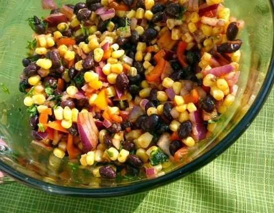 BLACK BEAN AND CORN SALAD | Yummy Food | Pinterest