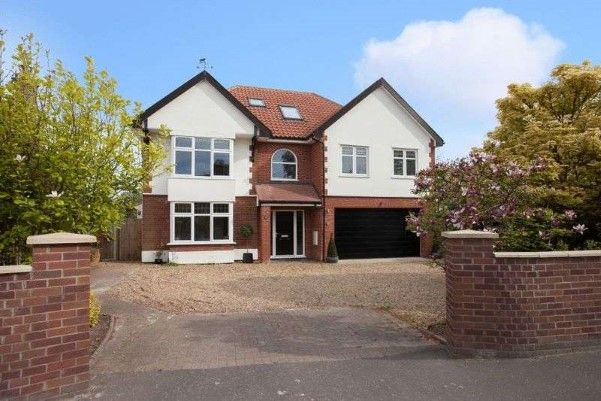 Property of the Week!  Stylish 6 bedroom detached house for sale in Norwich http://www.placebuzz.com/property-for-sale/details/7504939?list=Search_Results&rank=3&age=0&loc=31998&var=LocalityExact&dimension=Norfolk+|+Norwich