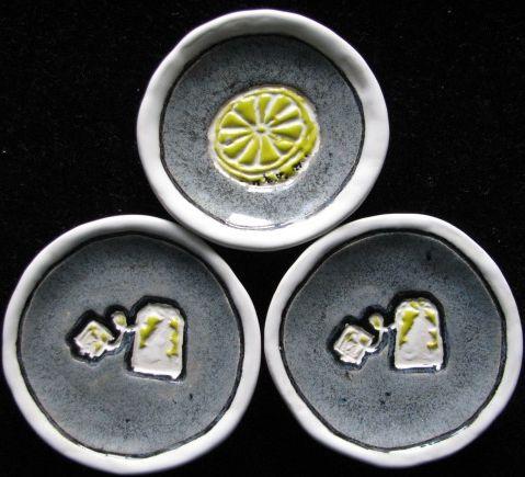 handmade ceramic dishes for teabags and lemon