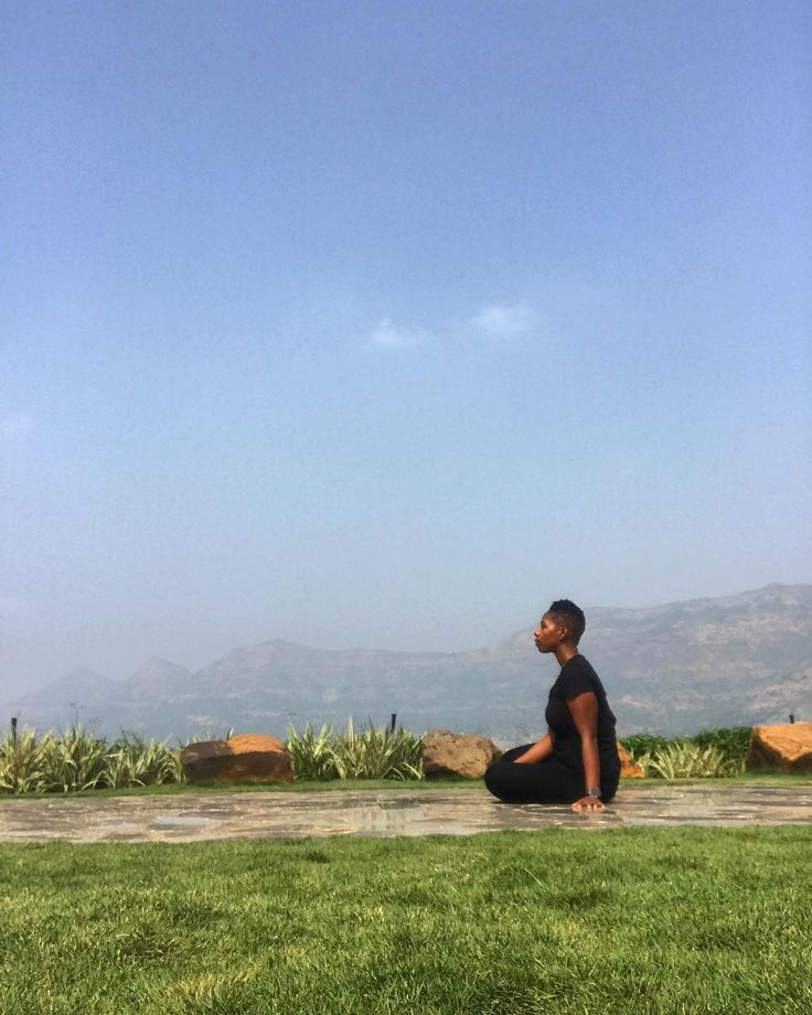 Saturday morning reflection. literally and figuratively I am feeling on top of the world! #goodmorning . . . #reflection #spiritual #gratitude #happystaturday #meditation #artist #reflection # #artistlife #artforlife #painter #illustrator #mixedmedia #cro