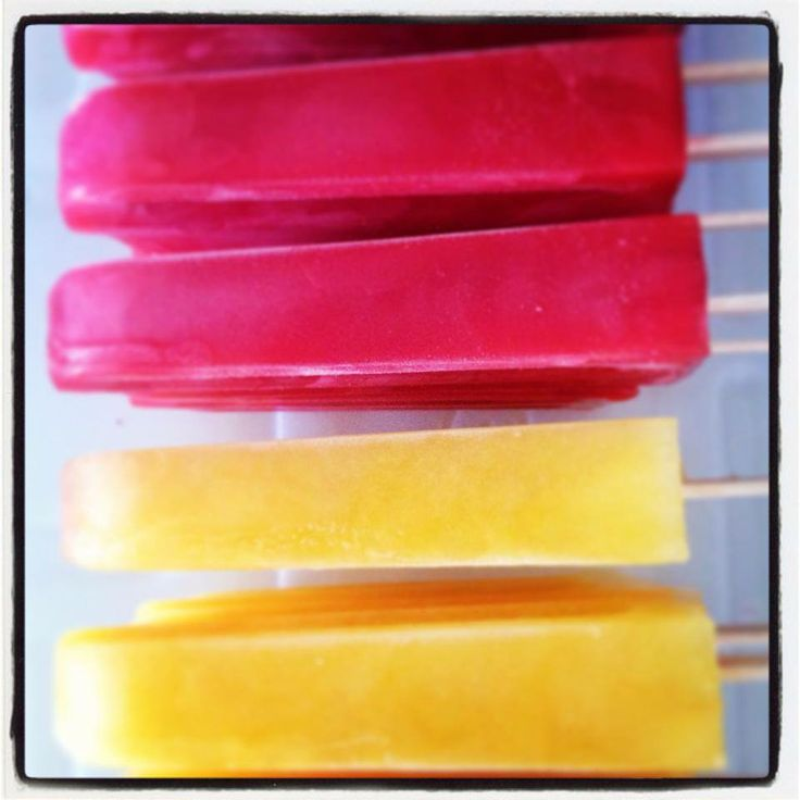 Delish Ice Gourmet Popsicles in bright summer colours & flavours!