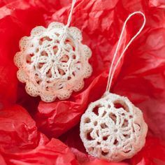 Crochet Christmas Ornaments - I love the look of lace crochet Christmas ornaments on my tree! I have pretty snowflakes (patterns can be found here, here, and here), glittery Stars of Bethlehem (pattern here), pretty lace crosses (pattern here), and many more lace ornaments that my grandmother made. This year I thought I would try some pretty little lace balls.