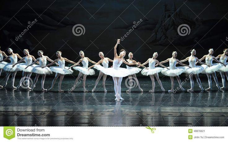 Lago swan del ballet Foto editorial