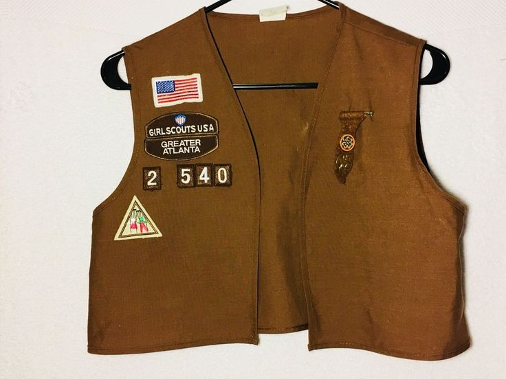 Girl Scout Brownie Vest Greater Atlanta GA, Large, USA Made, 8 Patches