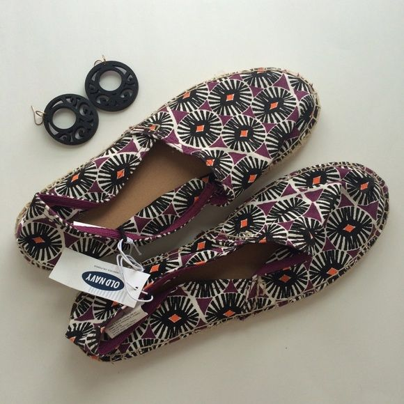 NWT Patterned Old Navy Espadrilles Brand new Old Navy espadrilles! These have a cute patten and are purple, black, white, and orange! Size 8! Check them out! Old Navy Shoes