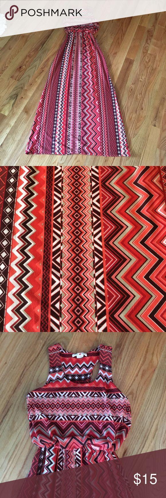 Pink Aztec maxi dress Aztec maxi dress -Excellent condition   -size S --------------------------------------- -will negotiate  -If you have any questions just ask me Derek Heart Dresses Maxi