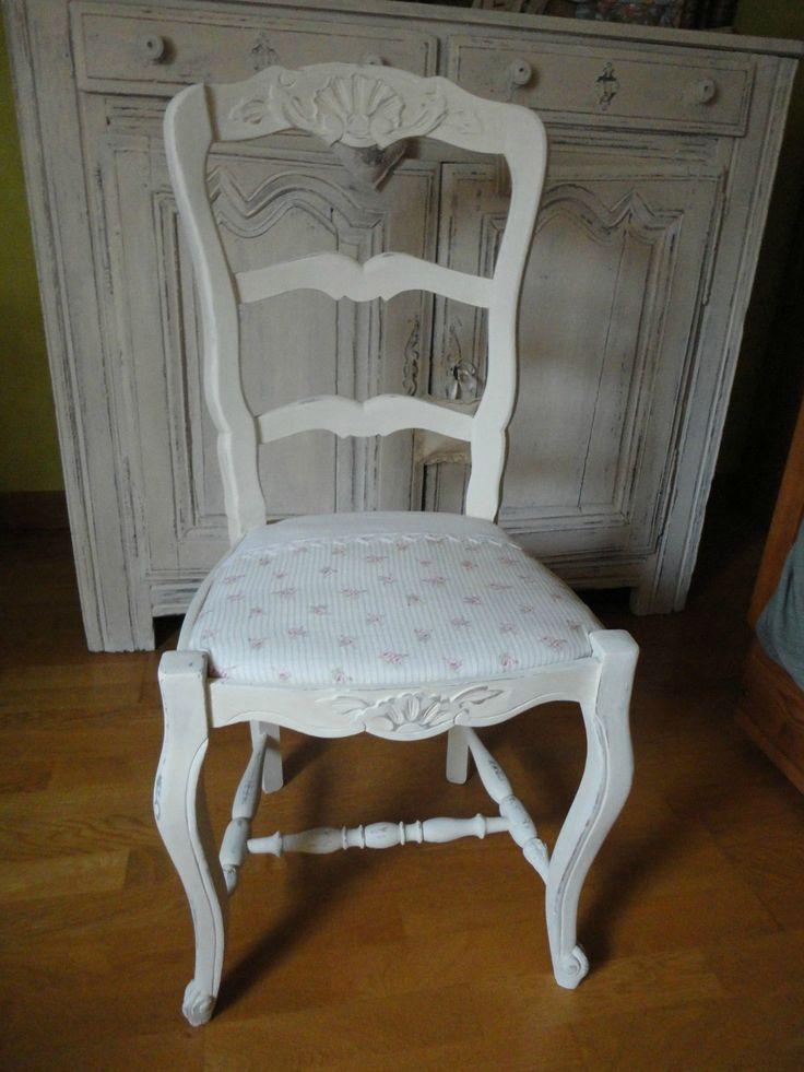 Les 25 meilleures id es de la cat gorie chaises shabby chic sur pinterest meubles de la - Peinture a la craie pour meuble ...